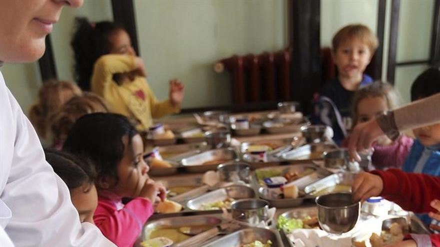El PE aprueba programa de reparto de frutas, verduras y leche en las escuelas