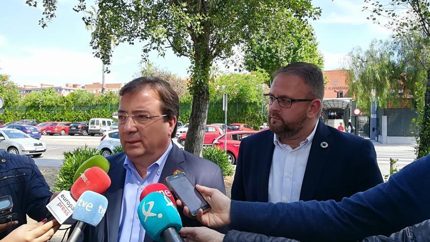 """Vara pedirá explicaciones a IU sobre por qué """"pactó"""" con Monago antes de negociar con Unidas por Extremadura"""