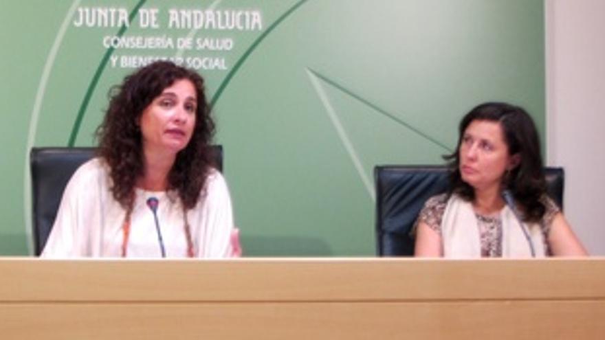 Consejera De Salud, María Jesús Montero, Y Directora Terapias Avanzadas