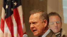 El candidato republicano al Senado Roy Moore tras su derrota frente a los demócratas