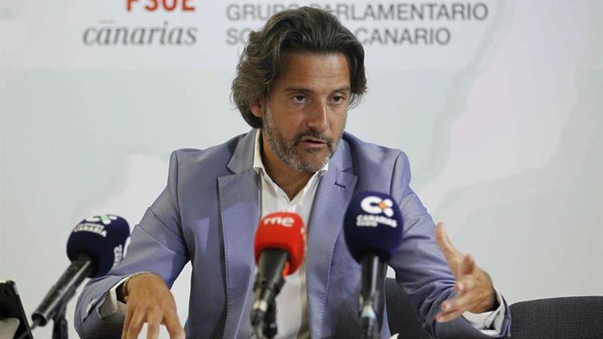 El portavoz de Energía e Industria del grupo parlamentario Socialista, Gustavo Matos