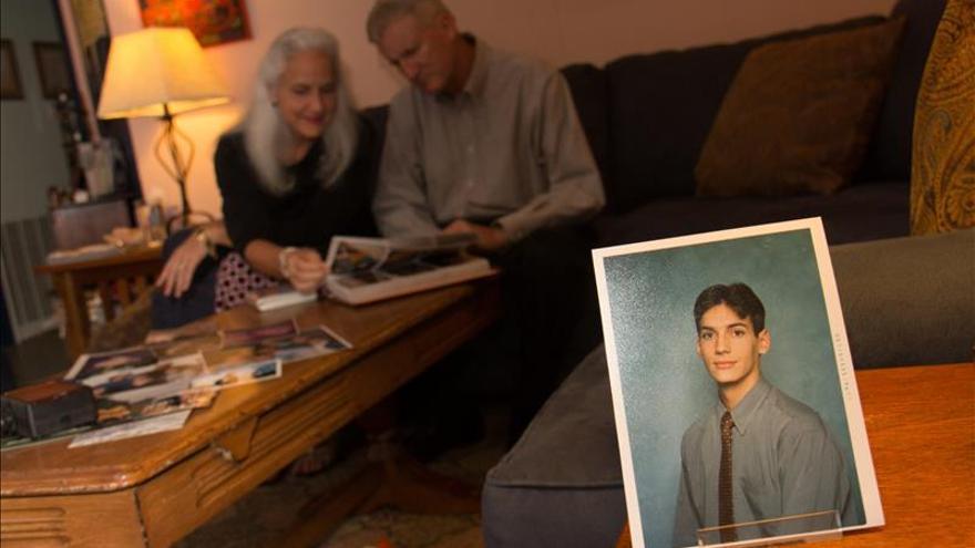 Piden la liberación de reportero de EEUU desaparecido en Siria hace mil días