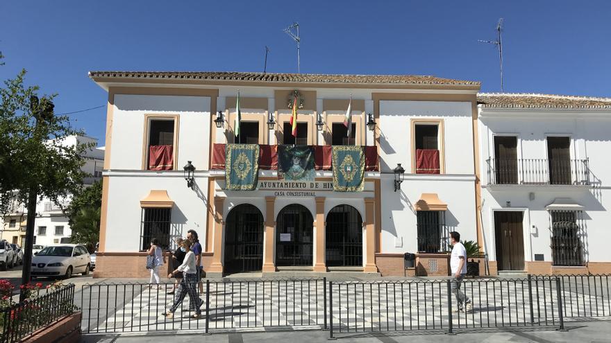 Fachada del Ayuntamiento de Hinojos