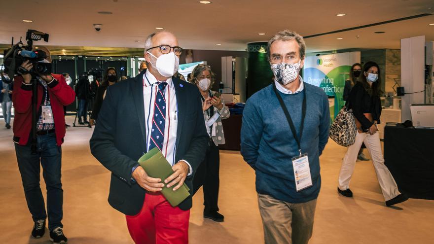 El Consejero De Sanidad, Miguel Rodríguez, Y El Director Del Centro De Coordinación De Alertas Y Emergencias Sanitarias, Fernando Simón