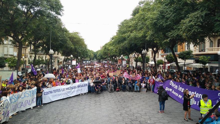 Vista des de l'escenari de la manifestació feminista a Tarragona