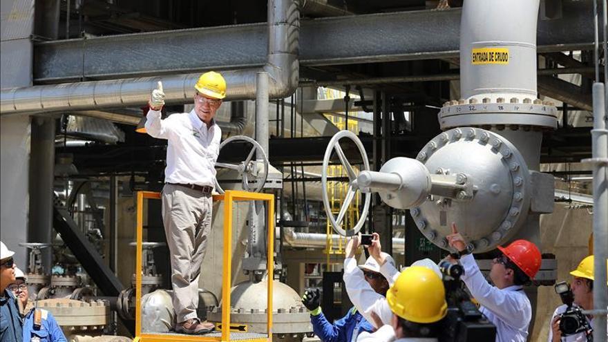 La AIE prevé una recuperación del petróleo y el aumento de las renovables