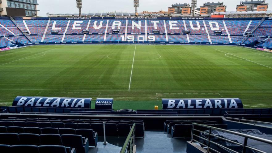 Interior del estadio del Levante UD