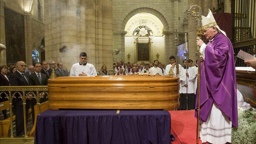 "Murcia despide al obispo Azagra, un ""gran pastor"" de la Iglesia"