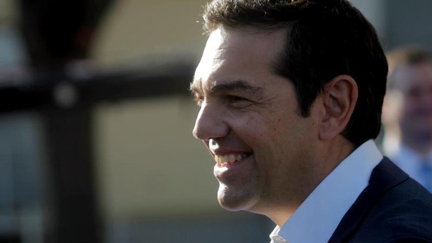 Los acreedores todavía no han dado luz verde al dividendo social de Tsipras