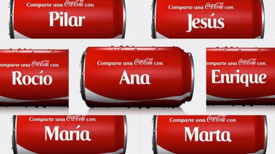 Una fotocomposición con latas de Coca-Cola que hace referencia a su última campaña de publicidad
