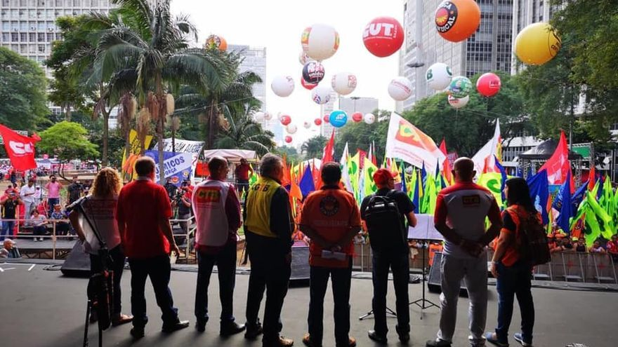 Unidad sindical en el primero de mayo en Brasil (CUT São Paulo)