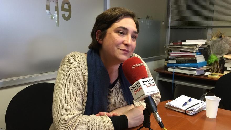 """Colau cree que el Gobierno del PP no invierte en Catalunya porque la ha dado """"por perdida"""""""