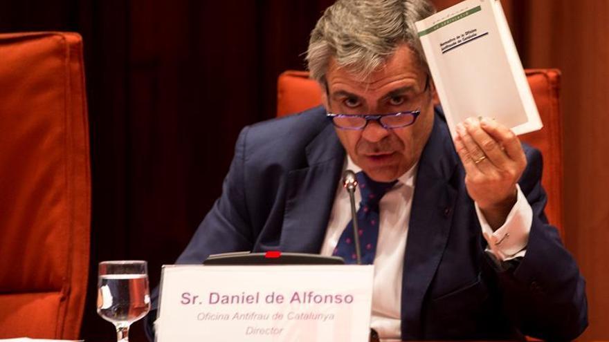 El Parlament votará mañana destituir a De Alfonso como director de la OAC