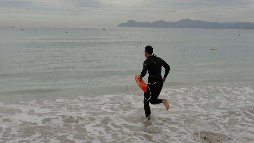 Un total de 300 personas participarán este sábado en las pruebas físicas de selección para las playas vizcaínas