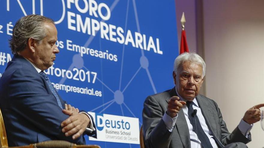 González ve dramática crisis de Estado y compara secesionismo con Venezuela