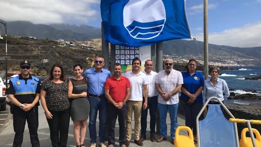 Los Cancajos izó esta semana la Bandera Azul.