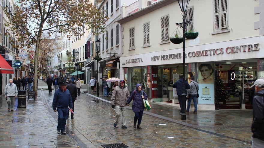 Imagen de una céntrica calle gibraltareña.