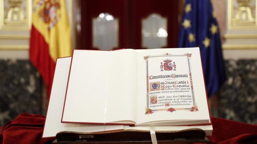 La mayoría apuesta por reformar la Constitución como salida para Cataluña