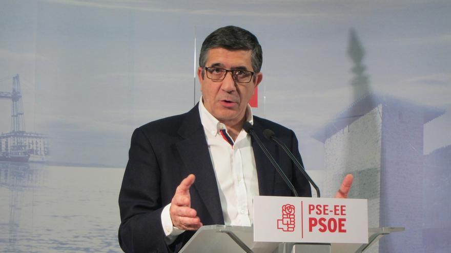 Patxi López confía en la inocencia de Tomás Gómez y dice que si no lo fuese le suspenderían de militancia