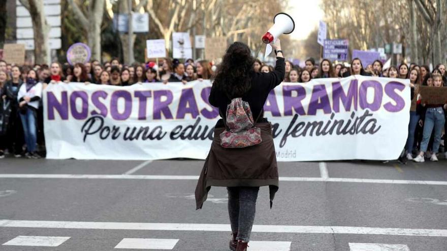 Vista del inicio de una manifestación en Madrid convocada con motivo del 8M.