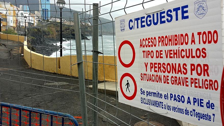 El consistorio ha tomado la decisiòn de cerrar el paso a peatones en la calle Tegueste.