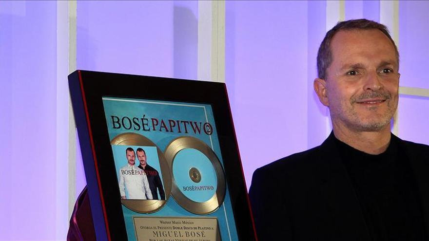 """Miguel Bosé será homenajeado en los Grammy Latinos como """"Persona del Año"""""""