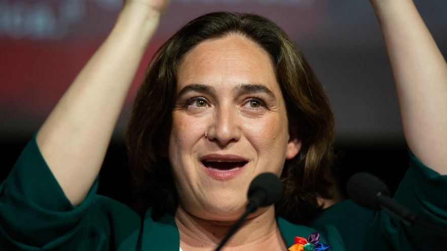 """Ada Colau: """"En ningún caso iniciaré una negociación para un acuerdo con Valls o Artadi"""""""