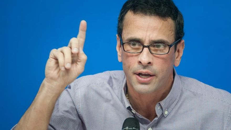 Capriles dice que Maduro busca comprar tiempo para evitar el revoctorio con el diálogo