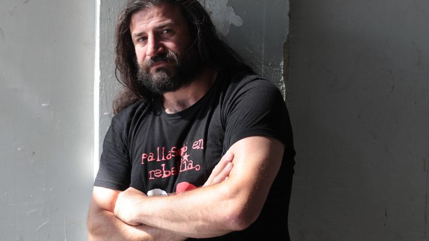 Iván Prado es miembros de Pallasos en Rebeldía.