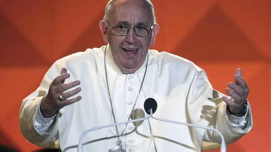 El papa se reúne con víctimas de abusos sexuales en Filadelfia