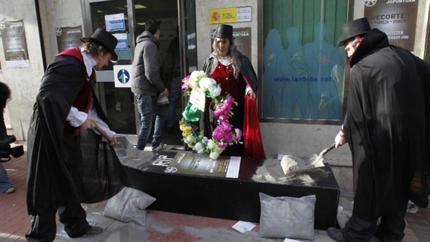 25 abril 2013 asturgalicia noticias for Oficinas lanbide