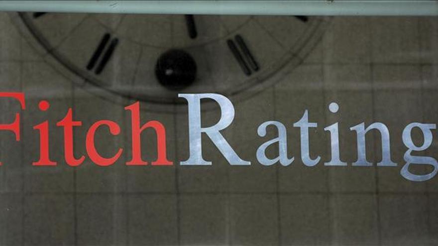 Fitch mantiene en 'B' y con perspectiva estable la nota crediticia de Grecia