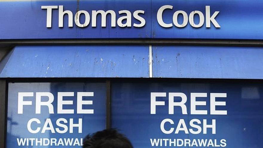 Thomas Cook advierte de un encarecimiento del turismo británico hacia España