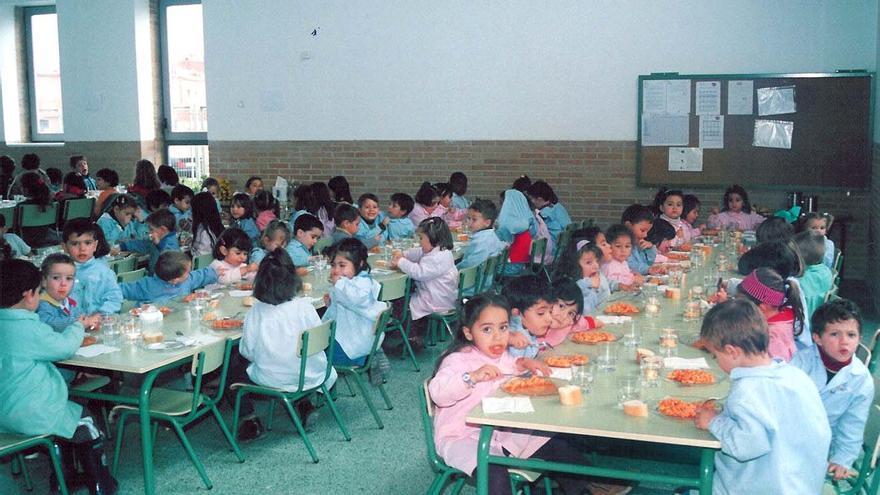 Comedor escolar de la Junta de Castilla-La Mancha. Foto oficial de archivo en 2013