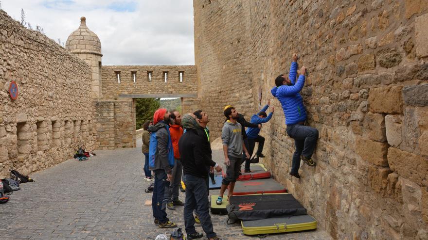 Open Boulder Urbano  JeansTrack Morella