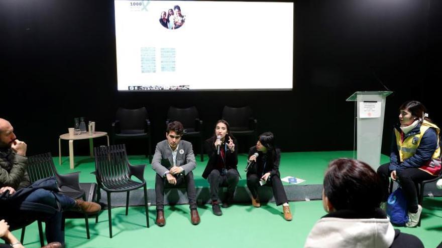 """Asistentes este miércoles al foro """"Jóvenes y Sociedad Civil"""" en la tercera jornada de la 25 Conferencia de las Partes del Convenio Marco de Naciones Unidas sobre Cambio Climático (COP) que bajo el lema """"Tiempo de actuar"""" se celebra en Madrid."""
