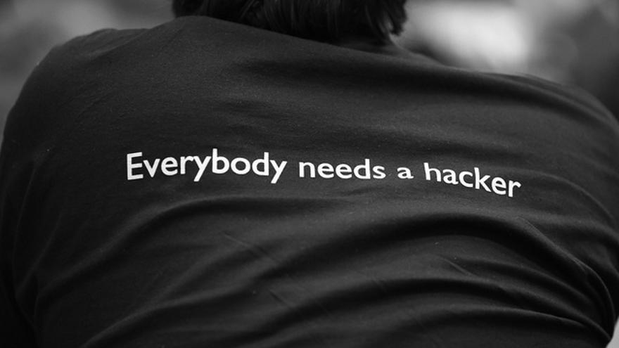 ¿Debería el gobierno pagar a los 'hackers' que detecten vulnerabilidades en las paginas de la administración electrónica?