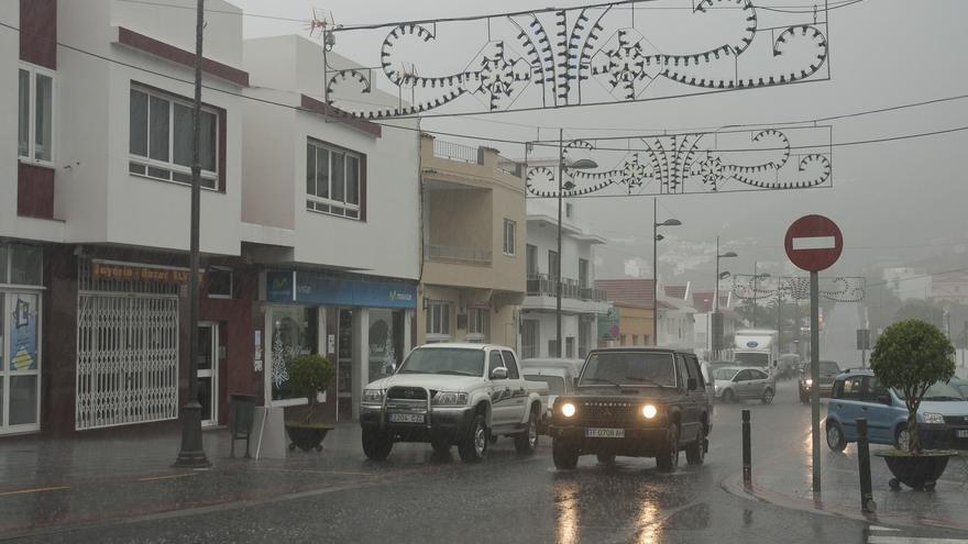 Tiempo lluvioso en la provincia tinerfeña, con presencia de viento