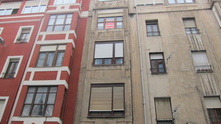El precio medio de la vivienda desciende un 2,1% en Cantabria en el cuarto trimestre, según Tinsa