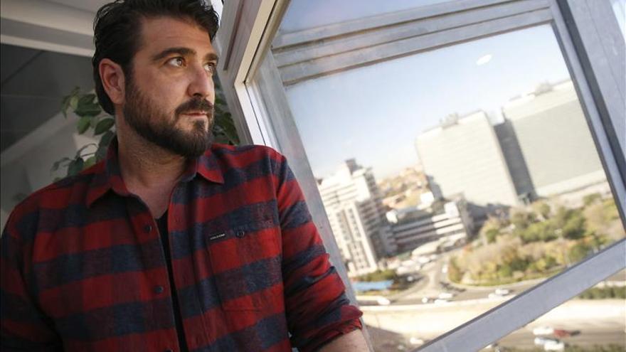 Antonio Orozco cantará con una orquesta de instrumentos reciclados