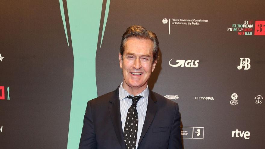 El actor Rupert Everett, en la alfombra roja de los Premios del Cine Europeo de Sevilla