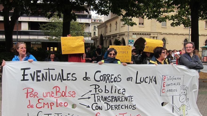 Trabajadores eventuales de Correos exigen una bolsa de trabajo en la que prime la antigüedad