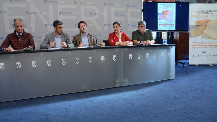 Momento de la presentación de este martes, con el consejero Quintero, el presidente del Cabildo y el alcalde orotavense, entre otros
