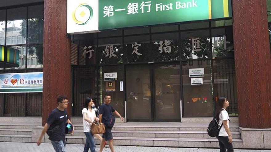 Recuperan 2,6 millones de dólares robados por banda internacional en Taiwán
