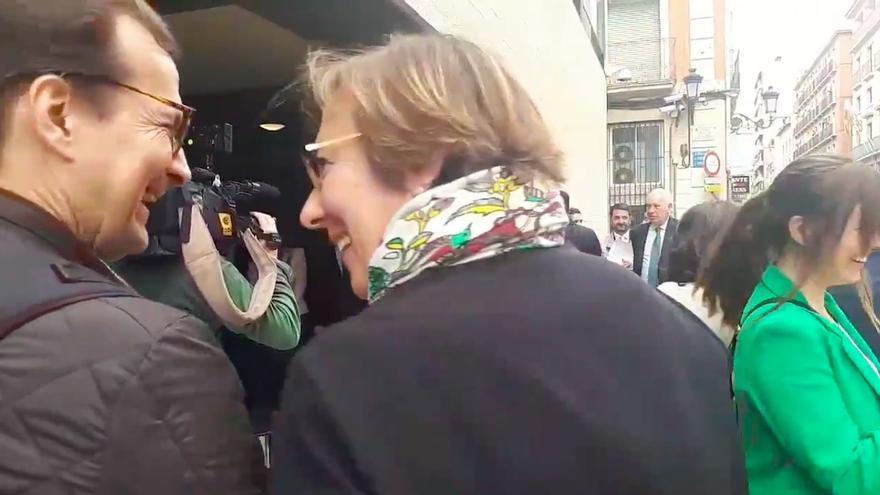 TVE censura el vídeo en el que la secretaria de Estado de Comunicación hace un corte de mangas a los pensionistas