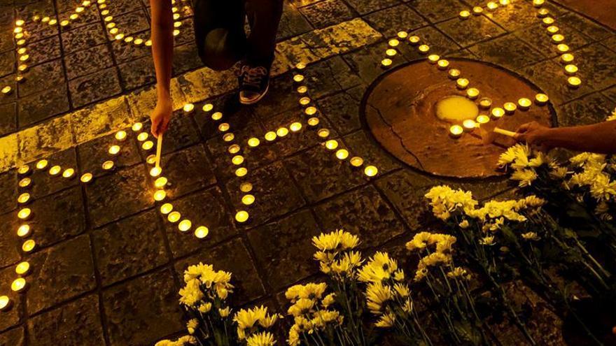 Familias de las víctimas del MH17 recibirán una indemnización de Malaysia Airlines