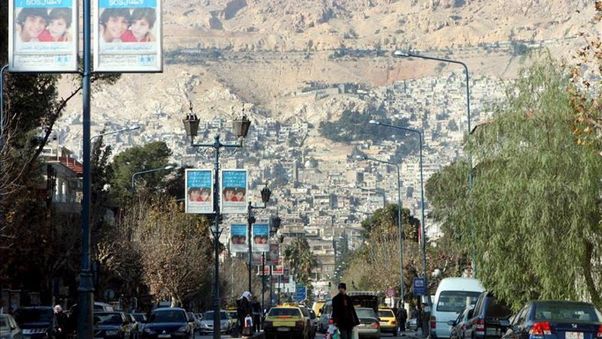 Fuerza kurdo árabe arrebata al EI el control de una estratégica presa siria