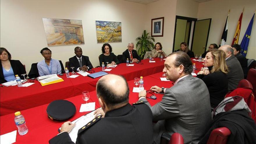 El relator de ONU comprueba el CETI de Ceuta para ver la situación de los inmigrantes