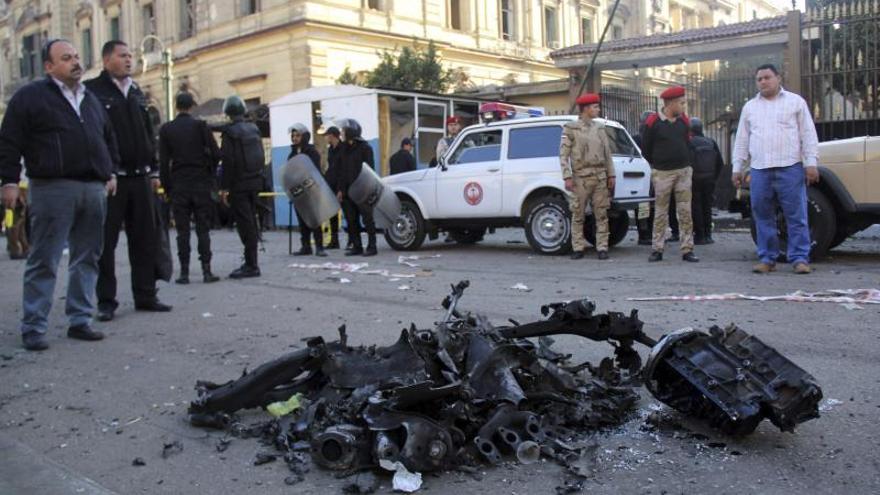Un grupo inspirado en Al Qaeda reivindica los cuatro atentados de El Cairo