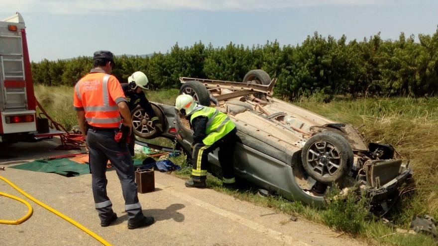 Herido grave un hombre de 75 años al salirse de la vía el vehículo que conducía en Corella